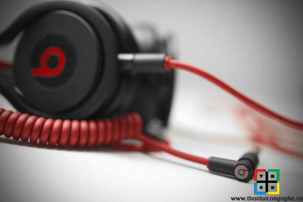 beats-mixr-by-dr-dre-2