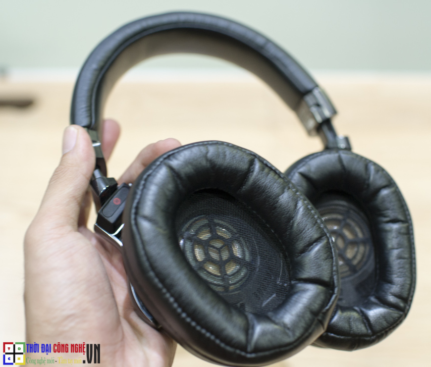 tai-nghe-bluetooth-sony-mdr-1rbt-4