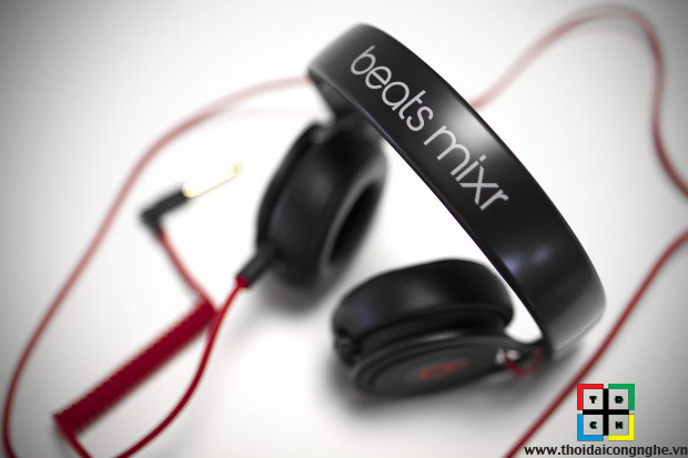 beats-mixr-by-dr-dre-10