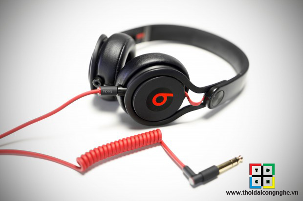 beats-mixr-by-dr-dre-6