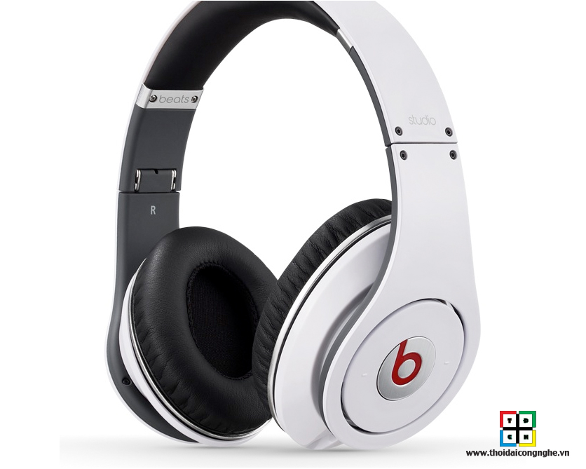 monster-beats-studio-white