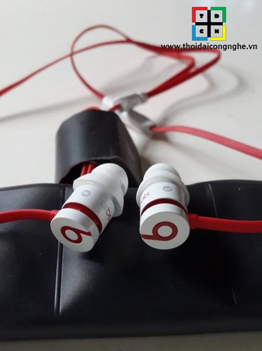 urbeats-by-dr.dre-2013-2
