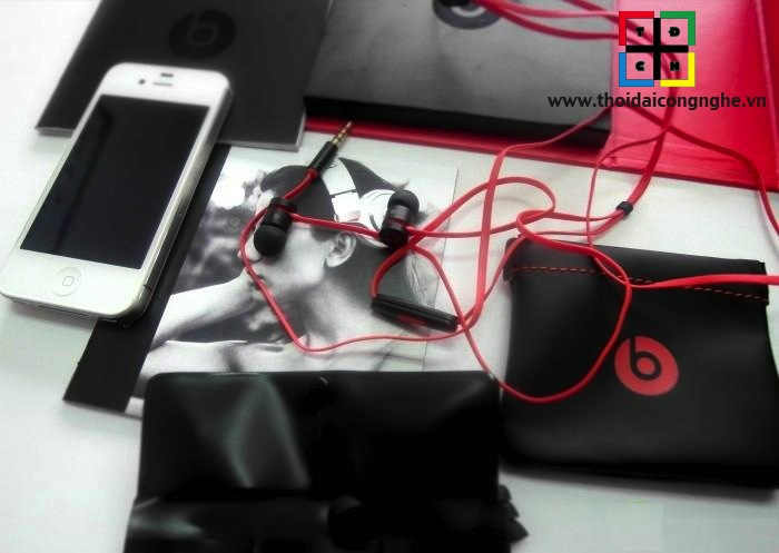 urbeats-by-dr.dre-2013-8