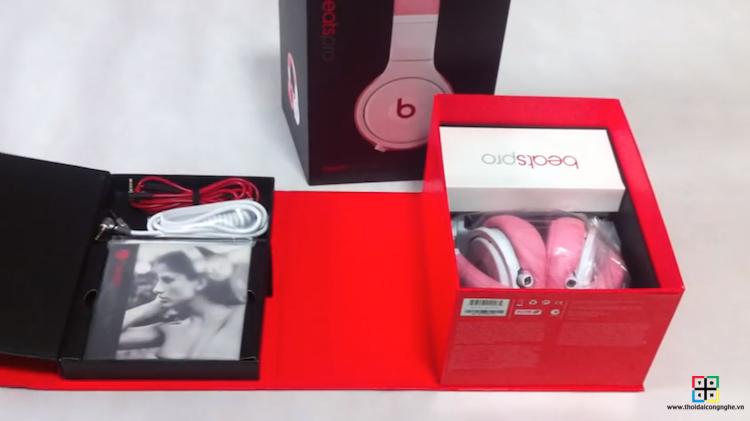 beats-pro-by-dre-nicki-pink-3