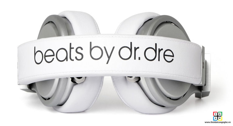 beats-pro-by-dre-white-5