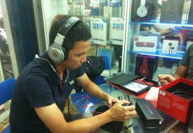 Tai nghe Beats Pro chính hãng được đông đảo các nghệ sỹ, người làm nhạc, mixer, DJ chuyên nghiệp… sử dụng để tạo phối ghép ra những bản thu nổi tiếng trên thế giới.