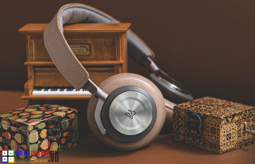 bang-olufsen-beoplay-h9-3